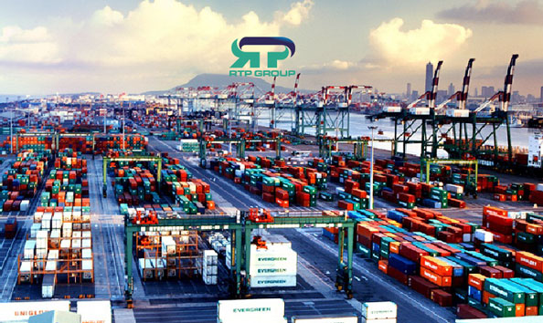 اخذ مجوزهای مورد نیاز واردات کالا